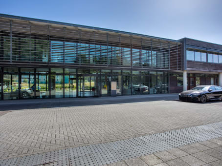 Prédio em Innovation Centre and Business Base, 110 Butterfield, Great Marlings em Luton 1