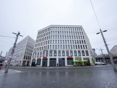 Building at Bahnhofsplatz 42 in Bremen 1
