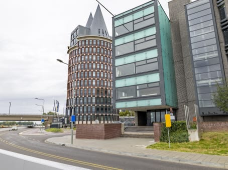 Building at Looskade 20 in Roermond 1