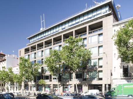 Building at Street Alfonso XII 62, 2nd & 3rd floors in Madrid 1