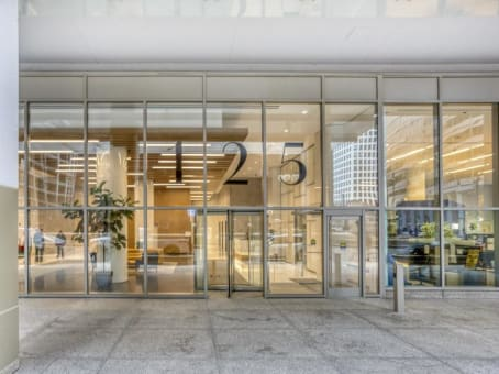 Building at 125 South Wacker Drive, Suite 300 in Chicago 1