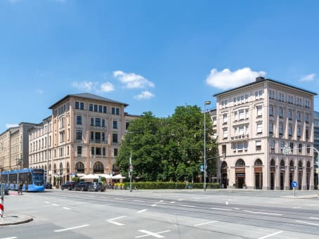 Building at Maximilianstrasse 35a, Regus Maximilianstrasse GmbH & Co.KG in Munich 1