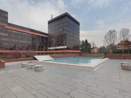 Mødelokalerne i Milan, Milano Due