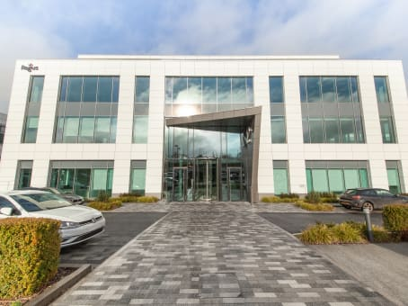 Lokalizacja budynku: ulica Building 2, Guildford Business Park Road, Guildford 1