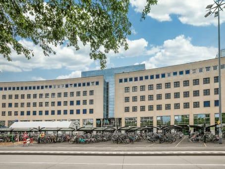 Mødelokalerne i Amersfoort, Stationsplein