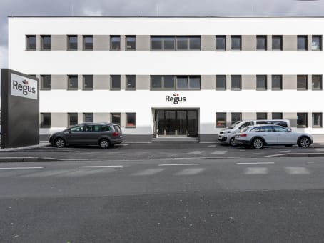 Building at Siezenheimerstrasse 35 in Salzburg 1