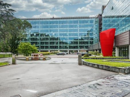 Mødelokalerne i Milan, Cologno Monzese