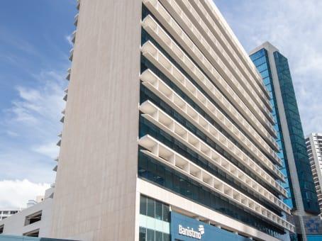 Gebäude in Aquilino de la Guardia St., Banistmo Tower, 10th Floor in Panama City 1