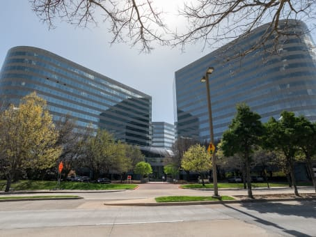 Building at 15305 Dallas Parkway, Floors 11 & 12 in Addison 1