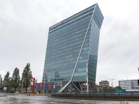 Établissement situé à Schenkkade 50 à Den Haag 1