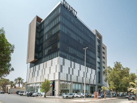 Gebäude in Al Kurnaysh Road, Ash Shati, Quartz, 4th floor in Jeddah 1