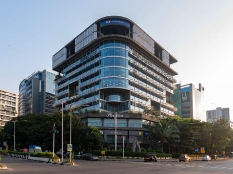 Mødelokalerne i Mumbai, Platina 11F-BKC
