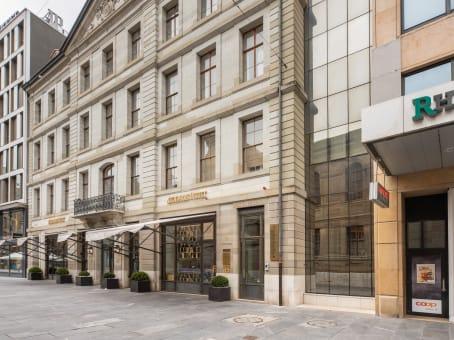 Mødelokalerne i Geneva, Signature Fusterie