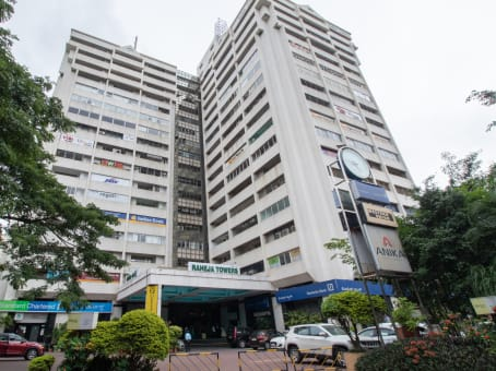 Building at 26-27 Mahatma Gandhi Road, Level 9 Raheja Towers in Bangalore 1