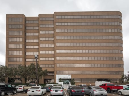 Building at 1431 Greenway Drive, Embassy Building, Suite 800 in Irving 1