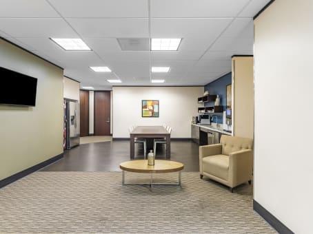 Building at 1777 NE Loop 410, Suite 600 in San Antonio 1