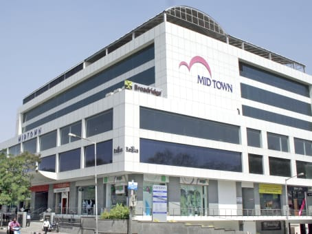 Building at 1st Floor Mid Town Plaza, Road No 1, Banjara Hills in Hyderabad 1