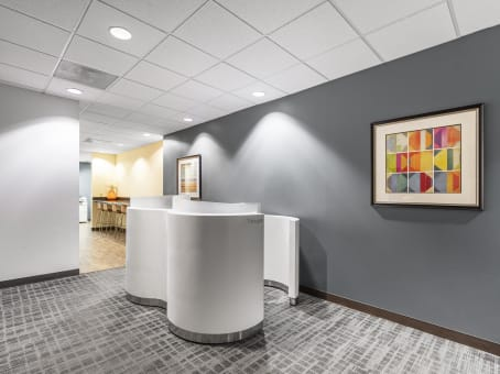 Building at 5555 Glenridge Connector, Suite 200 in Atlanta 1