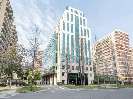Établissement situé à Alcántara 200, Piso 6, Las Condes à Santiago 1