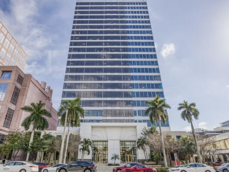 Building at 110 East Broward Blvd, Suite 1700 in Fort Lauderdale 1