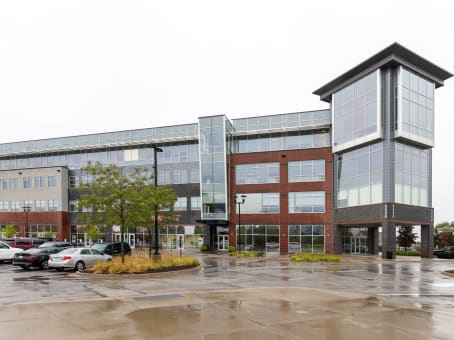 Building at 5550 Wild Rose Lane, Suite 400 in Des Moines 1