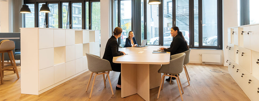 How to host effective hybrid meetings
